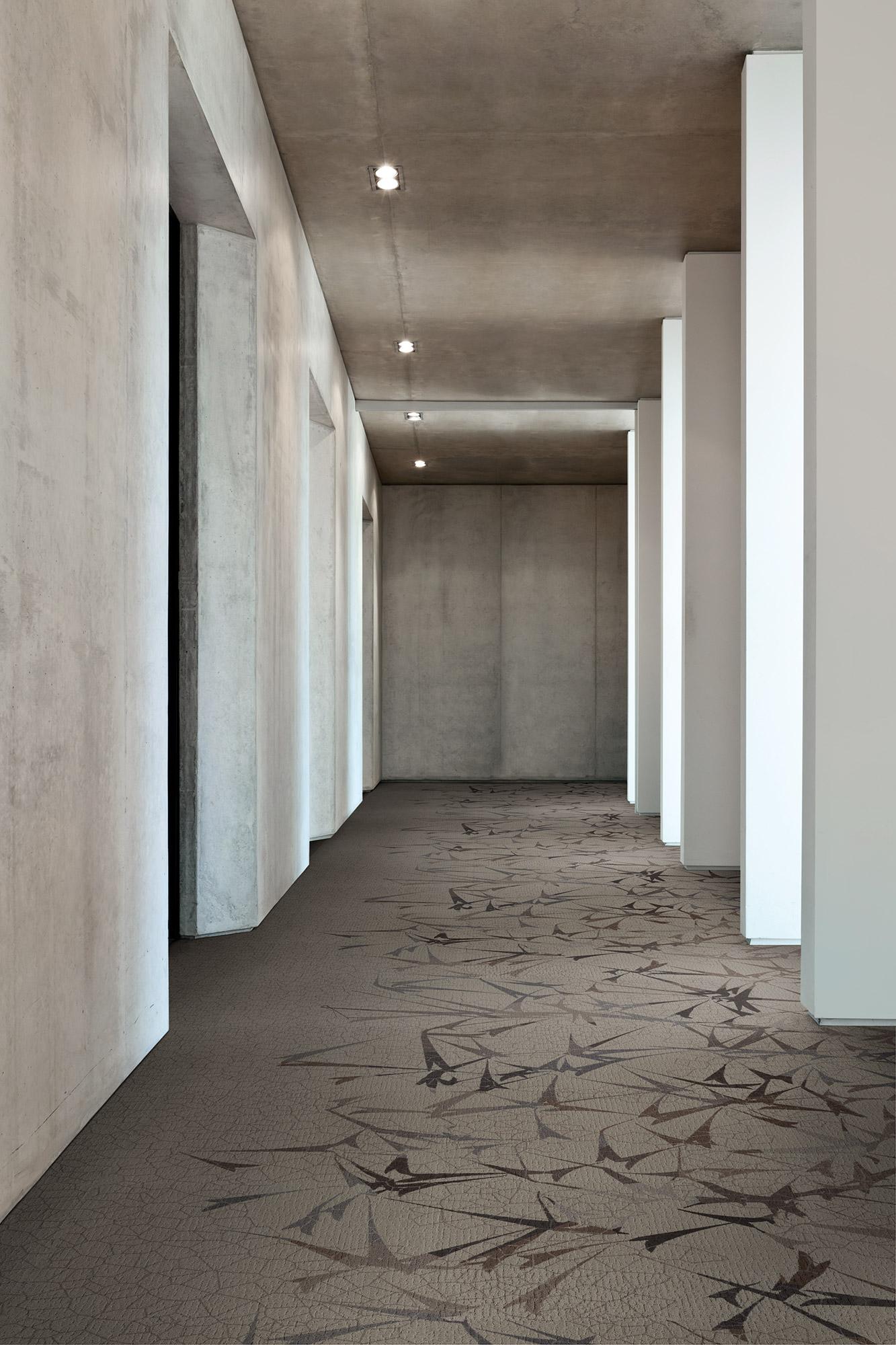 Flourish-Flourish_Edge--Light_Corridor (1)-1.jpg